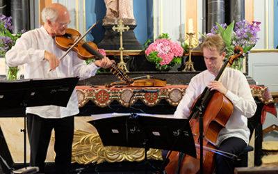 Mercredi 24 juillet 2019 – 20h30«8 siècles de musique en duo»Par le Duo Des Lunettes