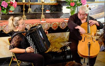 Mercredi 21 août 2019 – 20h30Concert «Voyages…»Aldo Ripoche (violoncelle), Camille Privat (accordéon)